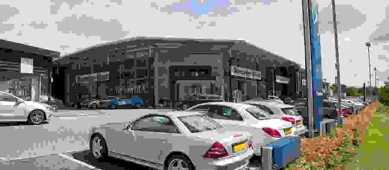 Careers at mercedes benz of newcastle sytner careers for Mercedes benz carrers