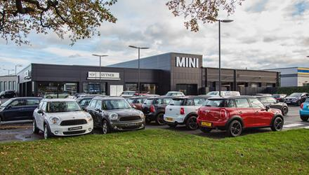 Sytner Tamworth MINI